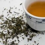 Kabızlığı önleyen kekik çayı basur tedavisine yardımcıdır.