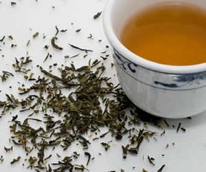 Kabızlığı önleyen kekik çayı basur tedavisine yardımcıdır